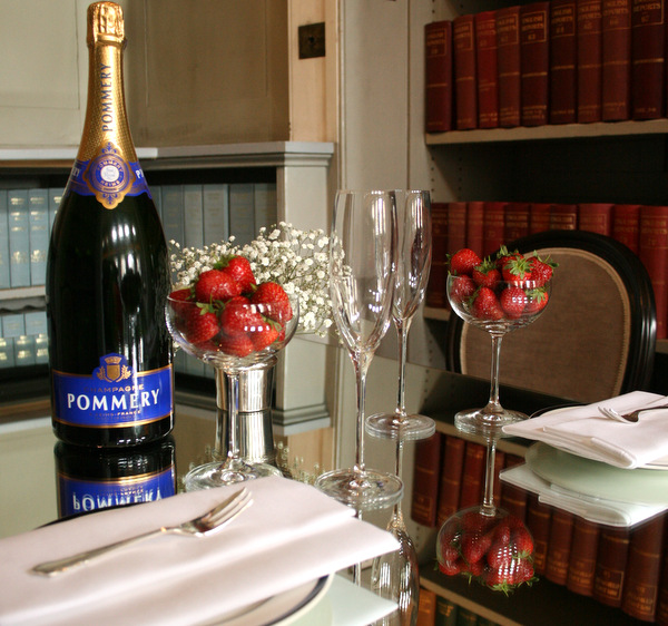 Pommery at Colonnades